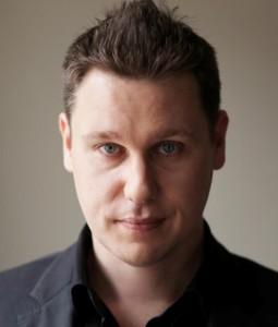 Damien Cummings Headshot