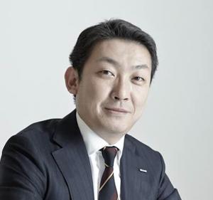 Hideyoshi Tanimoto Headshot
